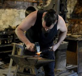 Les Forges de Pyrène. L'atelier du forgeron.Photo: Yves Crozelon