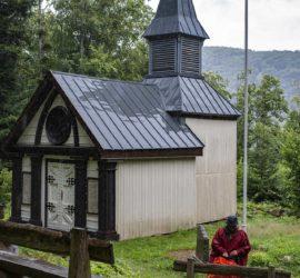 Le Tour du vallon Kaltenbach. Chapelle Sicurani (Alt. 720 m) 15-07-2020. Photo: Yves Crozelon