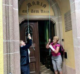 Soeur Marie-Reine et Soeur Antoinette en pleine action. 18-08-2021 Roderen-Weielés. Photo: Yves Crozelon